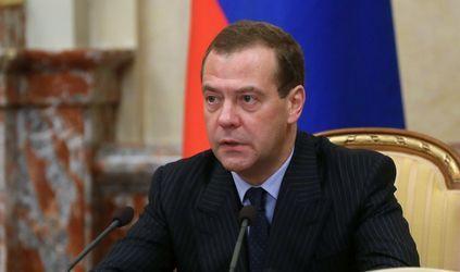 Руководство РФзапретило госзакупку импортной огнестойкой одежды